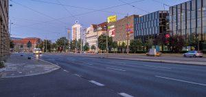 Widok miasta Lipsk. Schrag producent kształtowników zimnogiętych, profili Z, profili C, konstrukcji fotowoltaicznych, profili kontenerowych, elewacji, obróbek blacharskich.