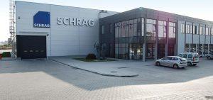Siedziba Schrag Polska producent kształtowników zimnogiętych, profili Z, profili C, konstrukcji fotowoltaicznych, profili kontenerowych, elewacji, obróbek blacharskich.