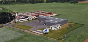 Siedziba Schrag Czechy producent kształtowników zimnogiętych, profili Z, profili C, konstrukcji fotowoltaicznych, profili kontenerowych, elewacji, obróbek blacharskich.